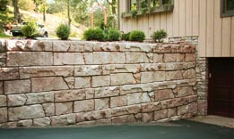 {Decorative Concrete Block Retaining Wall Systems }
